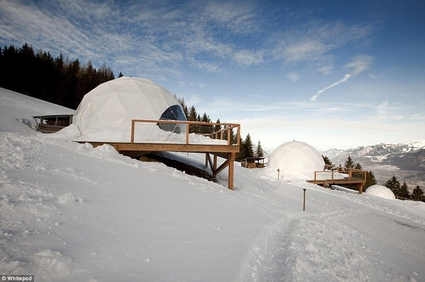 Snow Luxury - winter glamping.